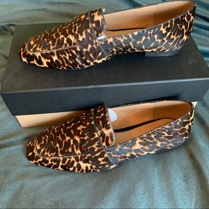 NWT Halogen Lucy Leopard Loafer